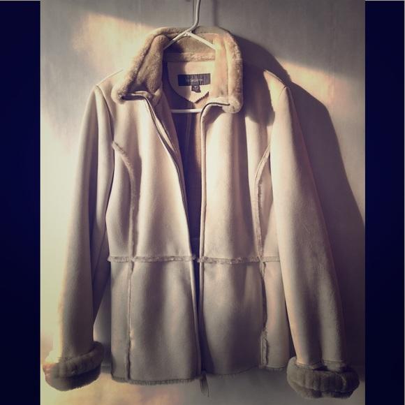 Liz Claiborne Jackets & Blazers - Liz Claiborne Coat M size